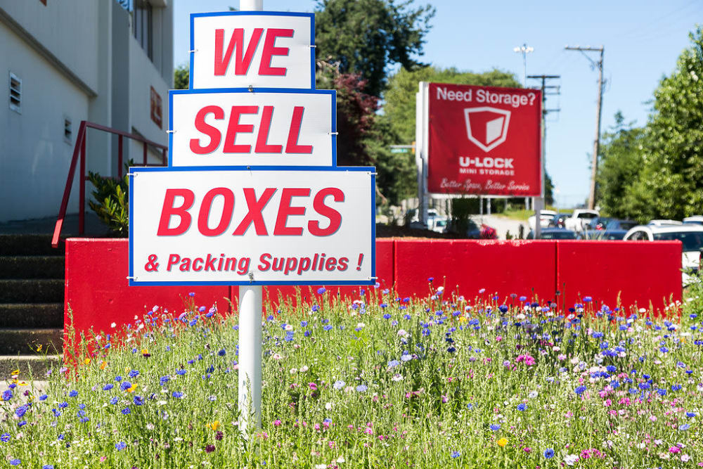 U-Lock Mini Storage in Burnaby, British Columbia sells boxes sign