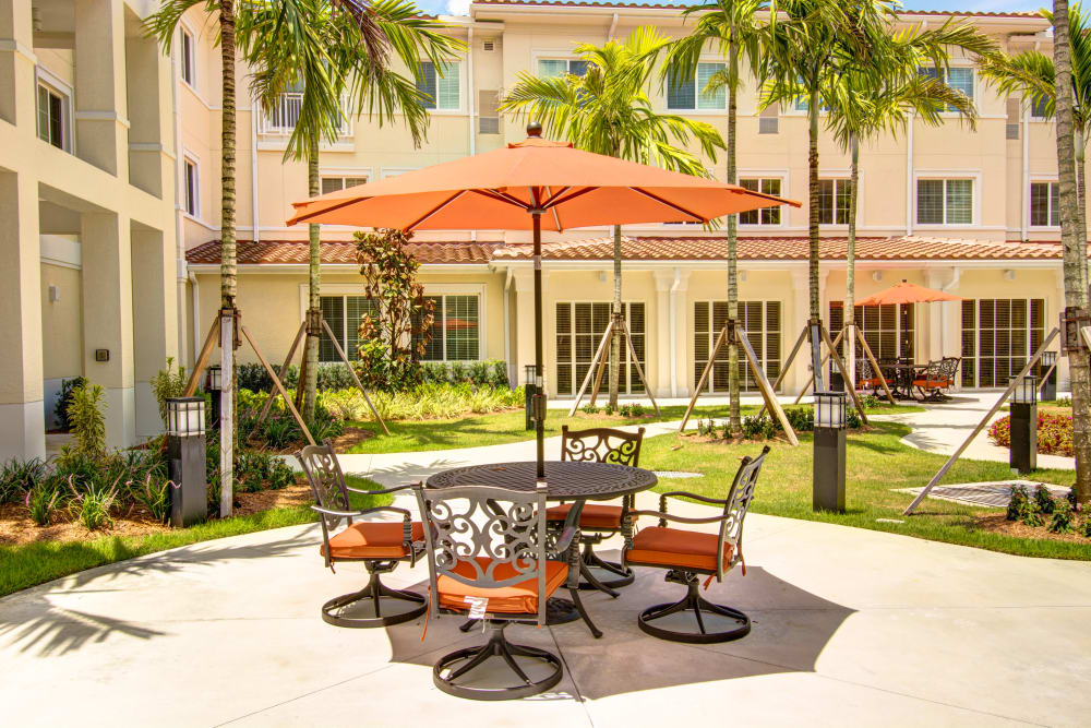 Outdoor patio at Symphony at Boca Raton in Boca Raton, Florida.