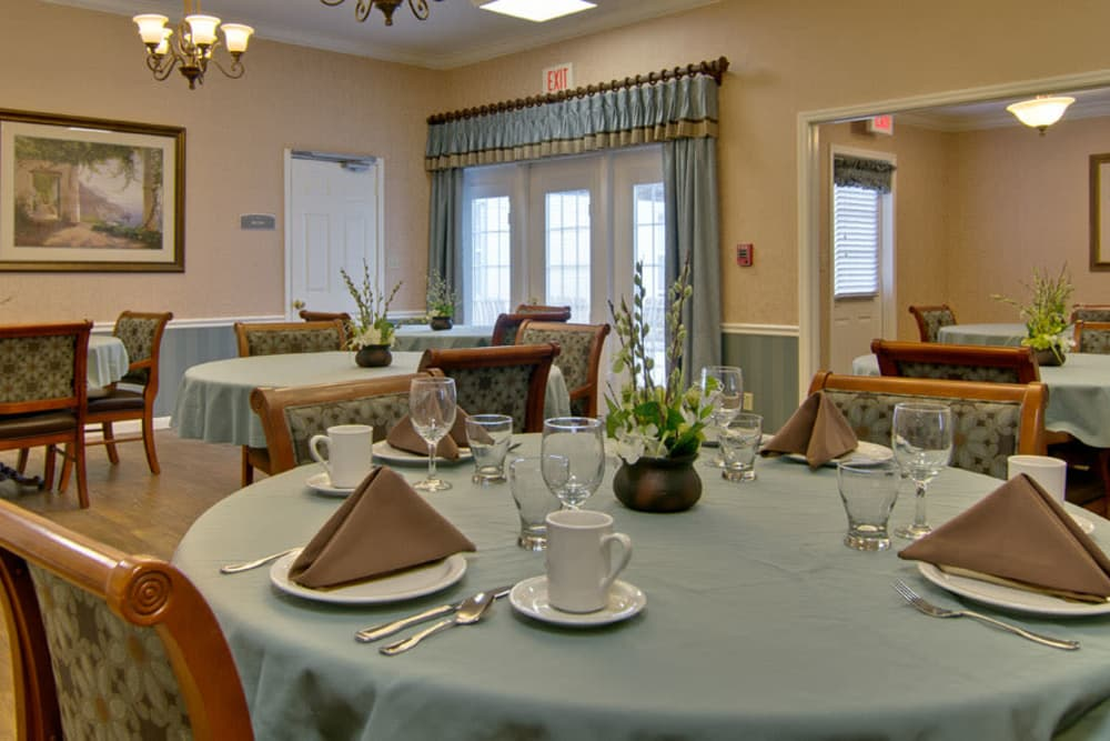 Well decorated dining table in the dining room at Parkside Senior Living in Rolla, Missouri
