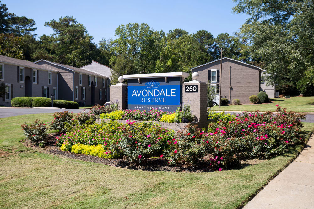 Welcome sign at Avondale Reserve apartments in Avondale Estates, Georgia
