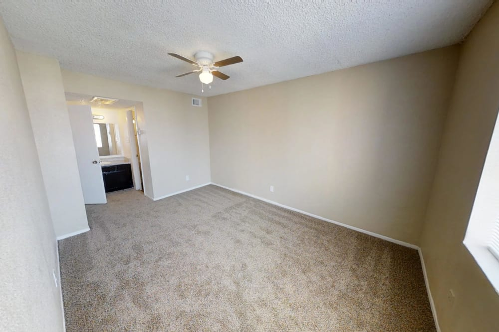 Maple Trail Apartments & Townhomes offers a spacious bedroom in Pasadena, Texas