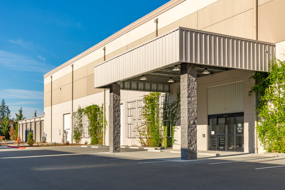 Covered entry to the building at Redmond Ridge Self Storage
