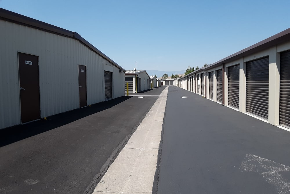 Interstate U-Stor exterior storage units in Reno