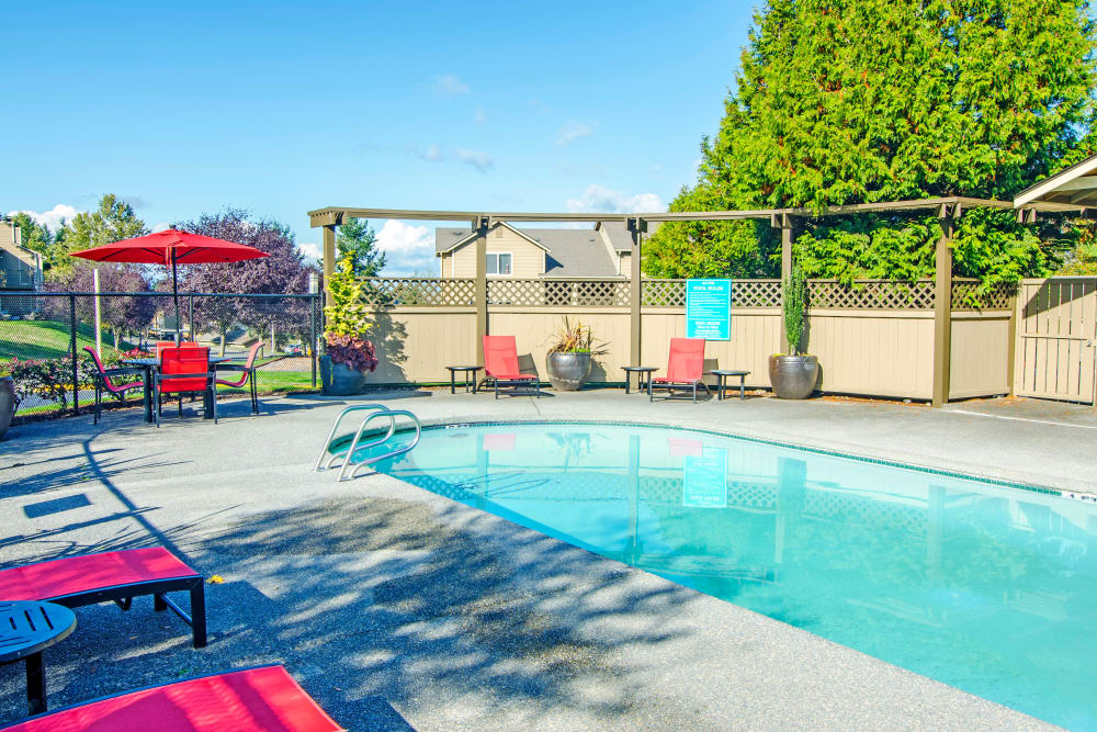 Beautiful swimming pool area at Montair at Somerset Hill in Tumwater, Washington