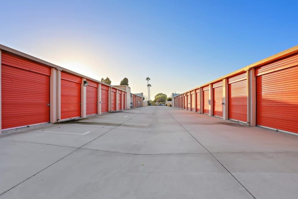 exterior storage units in Huntington Beach, CA | A-1 Self Storage