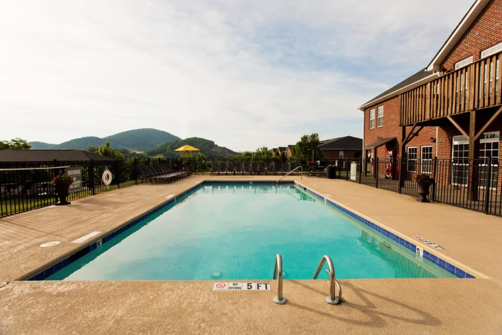 Beautiful swimming pool at Mountaineer Village in Boone, North Carolina