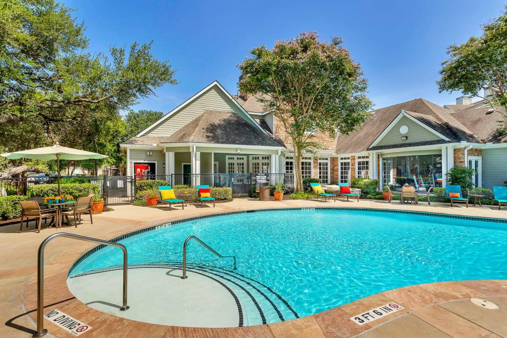 Modern swimming pool at The Lodge at Westover Hills in San Antonio, Texas