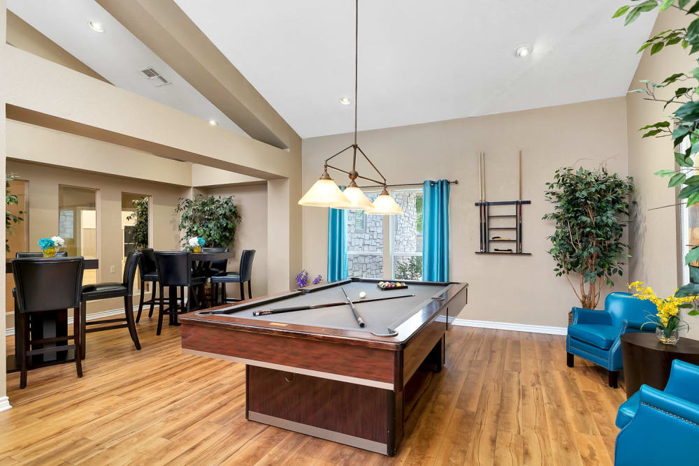 Game room at Villas at Oakwell Farms in San Antonio, Texas