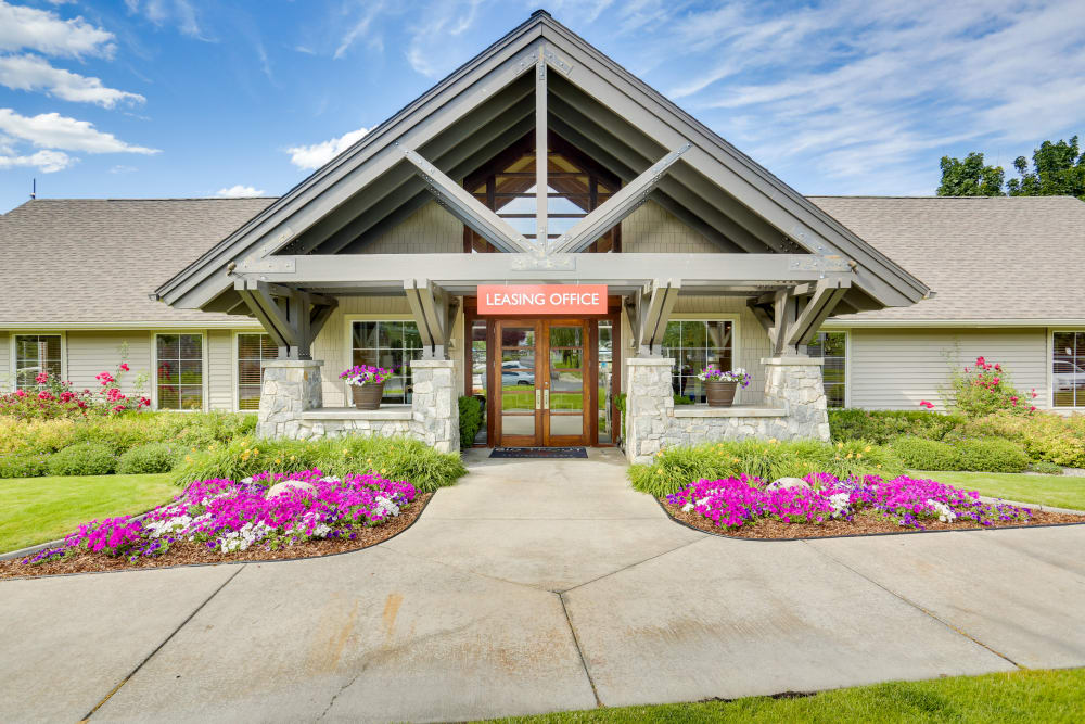 Exterior view of the leasing center at Big Trout Lodge in Liberty Lake, Washington