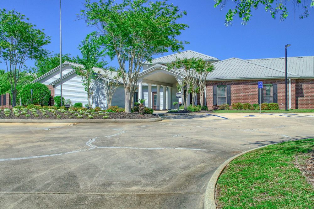 Leasing office at Oxford Point in Gulfport, Mississippi