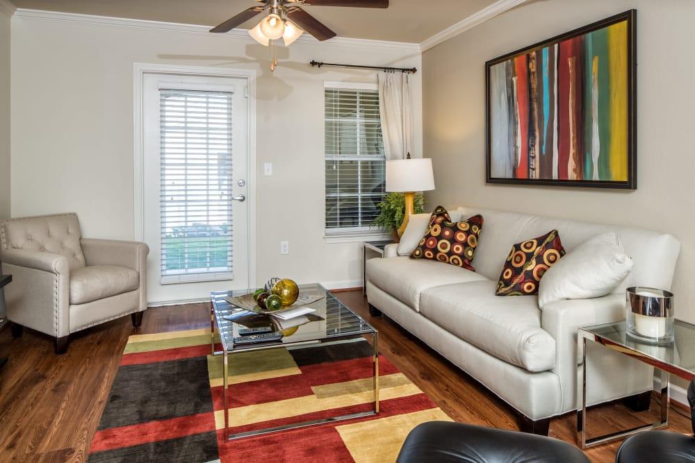 Living room at Enclave at Highland Ridge in Columbus, Georgia