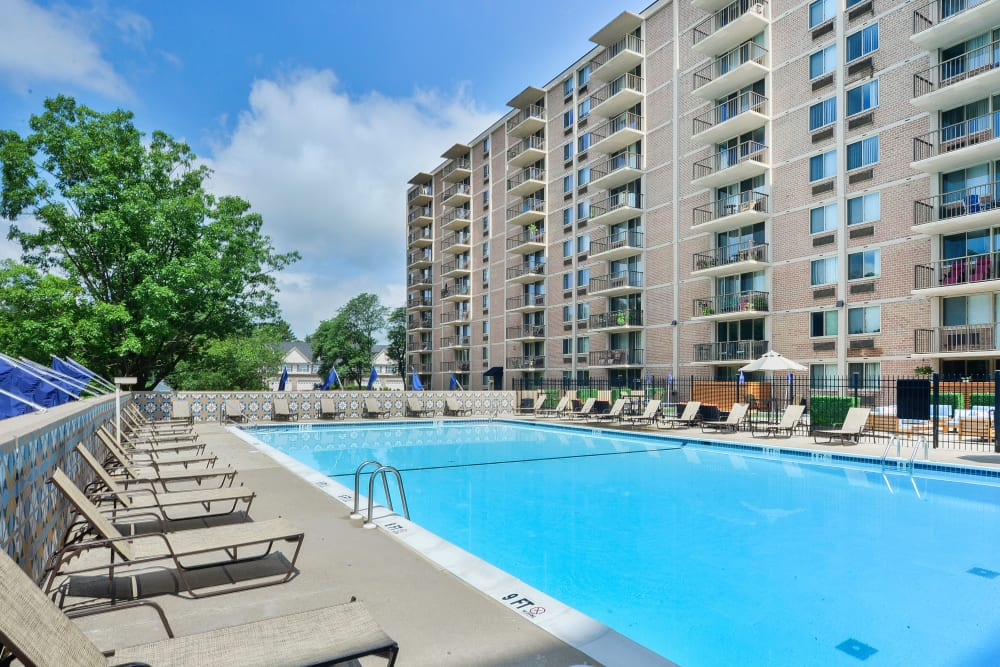 Enjoy Apartments with a Swimming Pool at Place One Apartment Homes in Plymouth Meeting, Pennsylvania