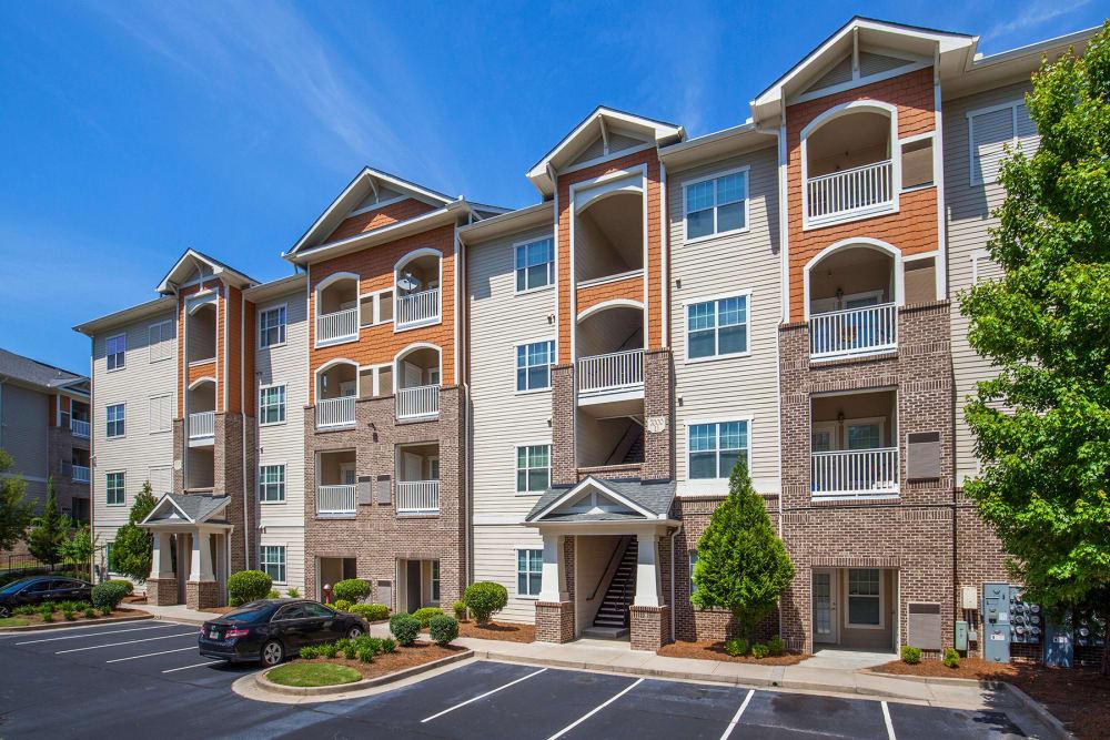 Exterior of Panther Riverside Parc Apartments | Apartments in Atlanta, GA