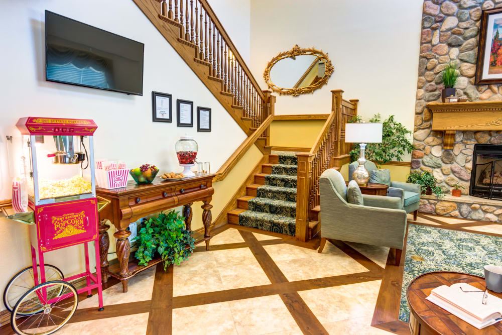The Wentworth At East Millcreek lobby
