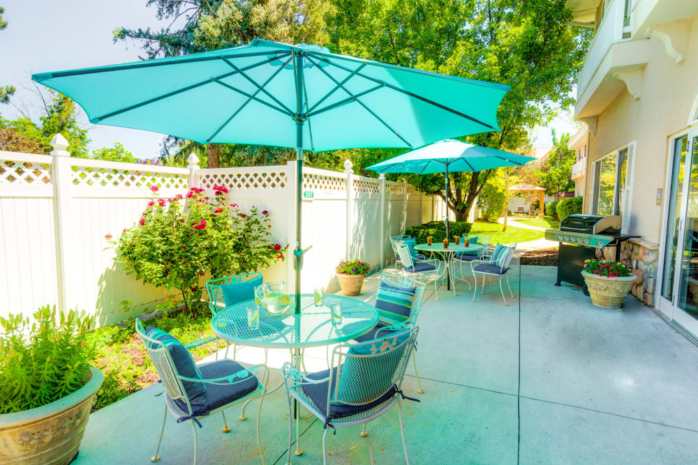 The Wentworth At East Millcreek patio