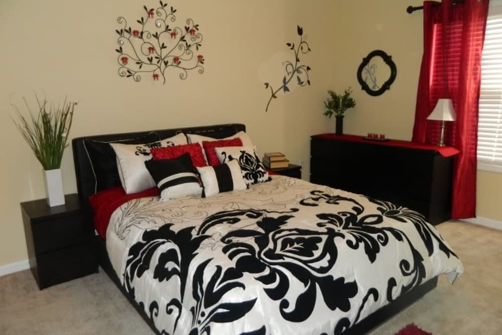 Bedroom at Autumn View Apartments in Fayetteville, North Carolina