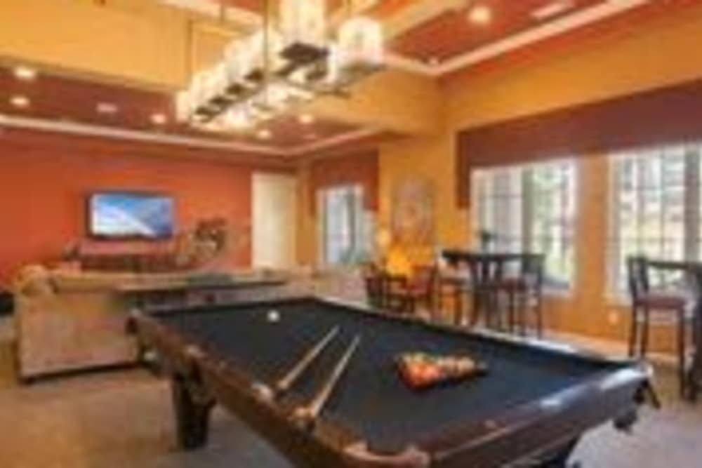 Billard and Game Room