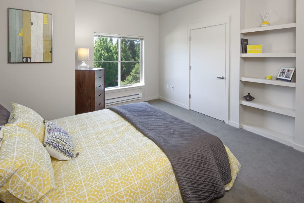 Master bedroom at Eddyline at Bridgeport in Portland, Oregon