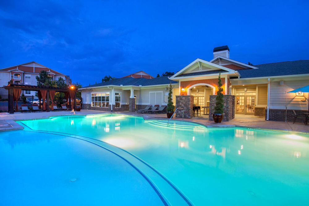 Swimming Pool at Panther Riverside Parc Apartments | Luxury Apartments in Atlanta, GA