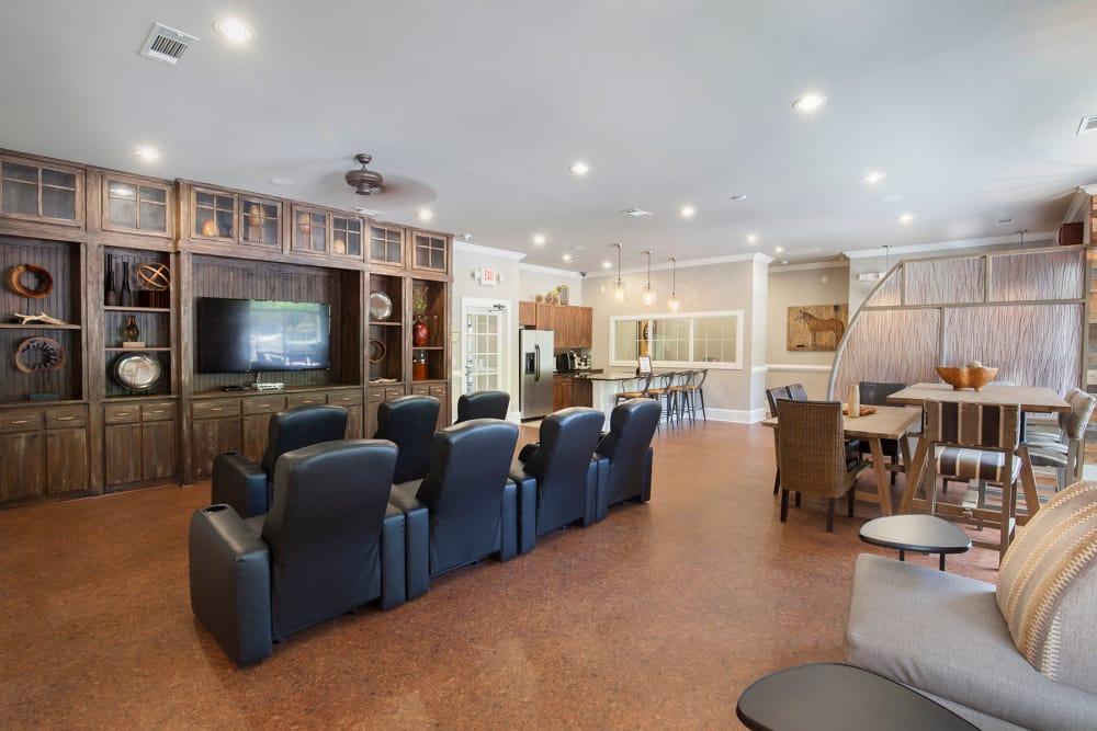 Resident Lounge at Panther Riverside Parc Apartments | Luxury Apartments in Atlanta, GA