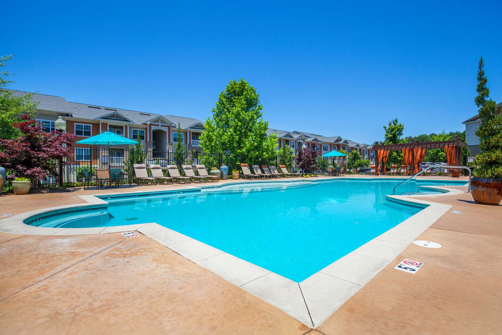 Panther Riverside Parc Apartments offers Apartments in Atlanta, GA with a Swimming Pool