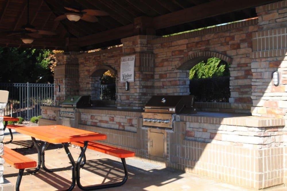BBQ Area at Windsor Upon Stonecrest in Burlington, North Carolina