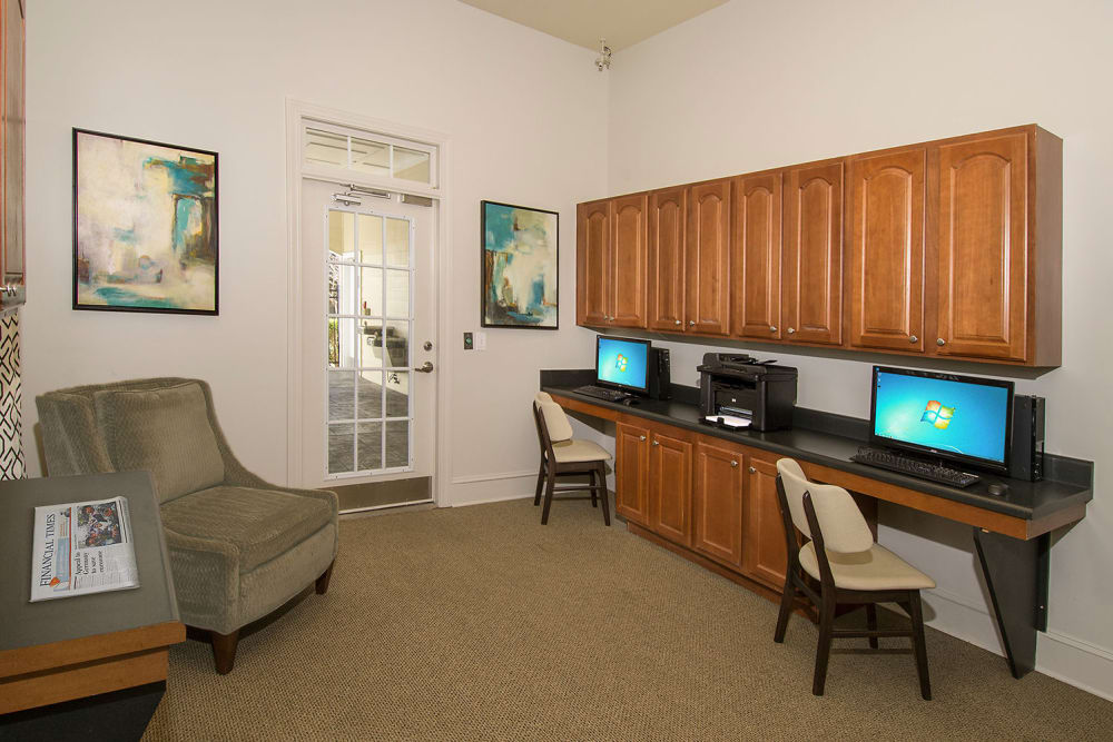 Business center at Apartments at the Venue in Valley, Alabama