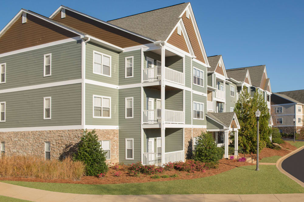 Exterior view of Apartments at the Venue in Valley, Alabama