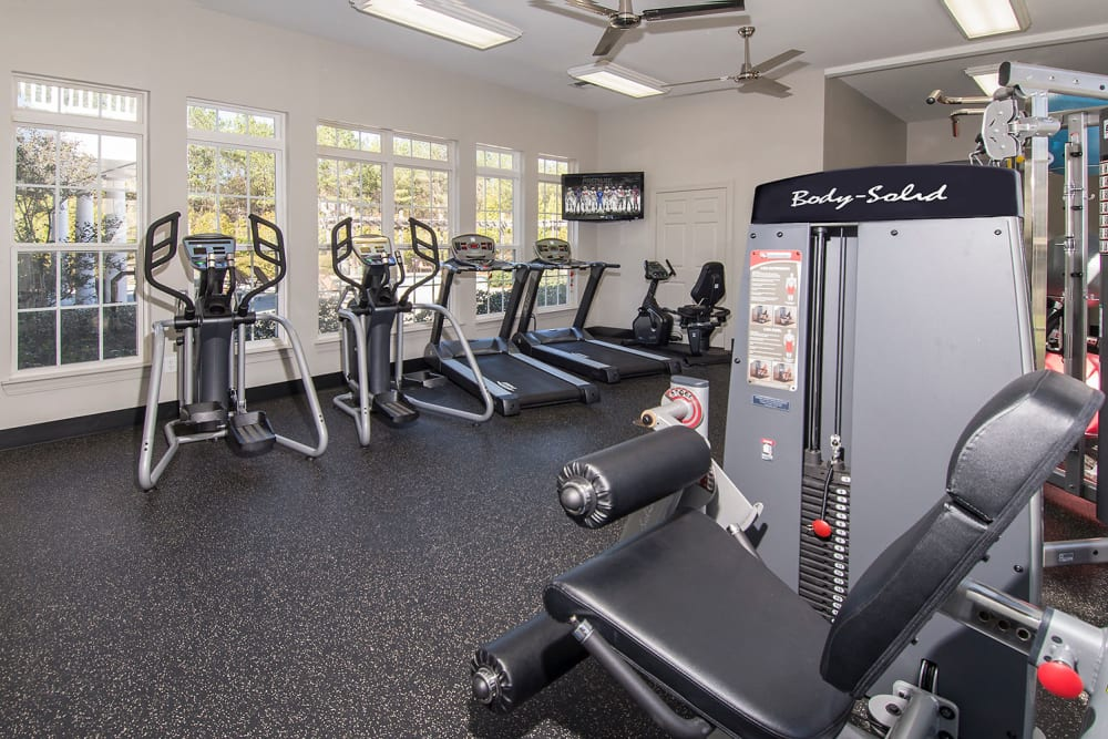 Fitness center at Apartments at the Venue in Valley, Alabama