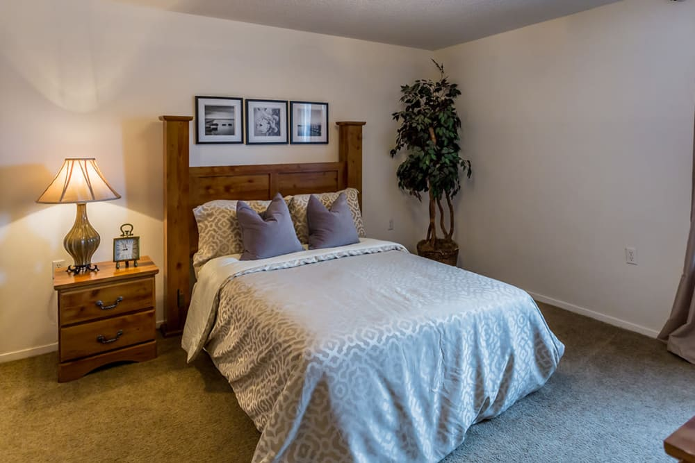 Cozy bedroom at Annandale Gardens in Olive Branch, Mississippi