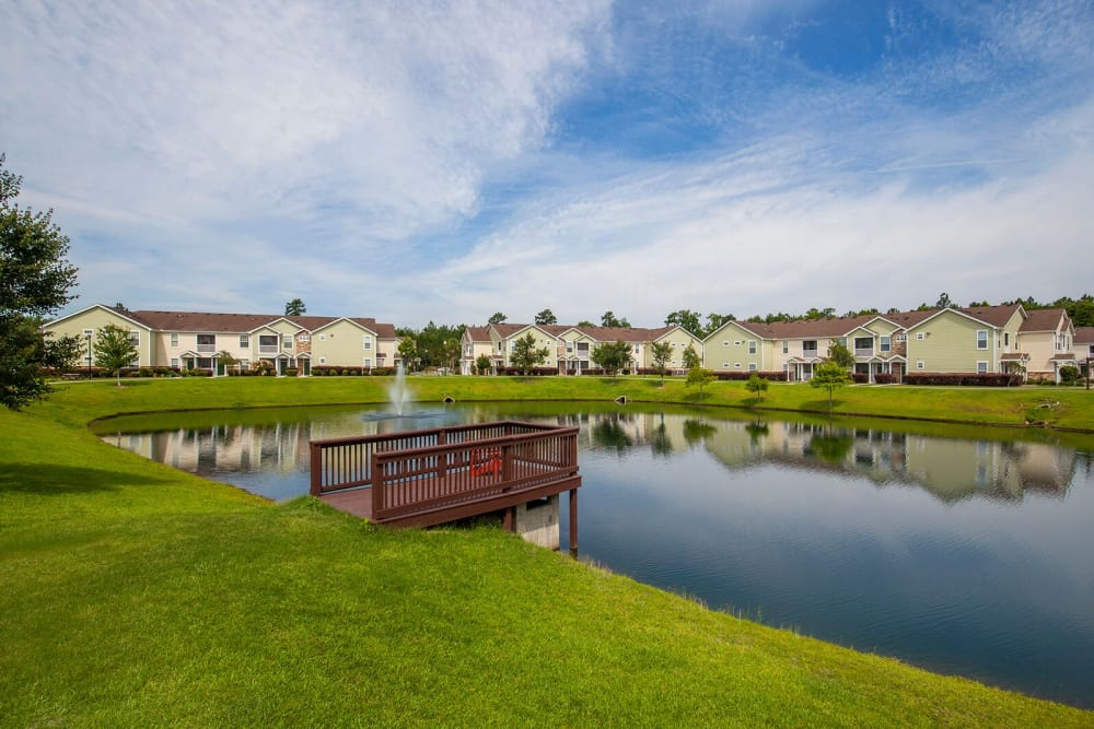 Walking trail and dock at Panther Effingham Parc Apartments in Rincon GA