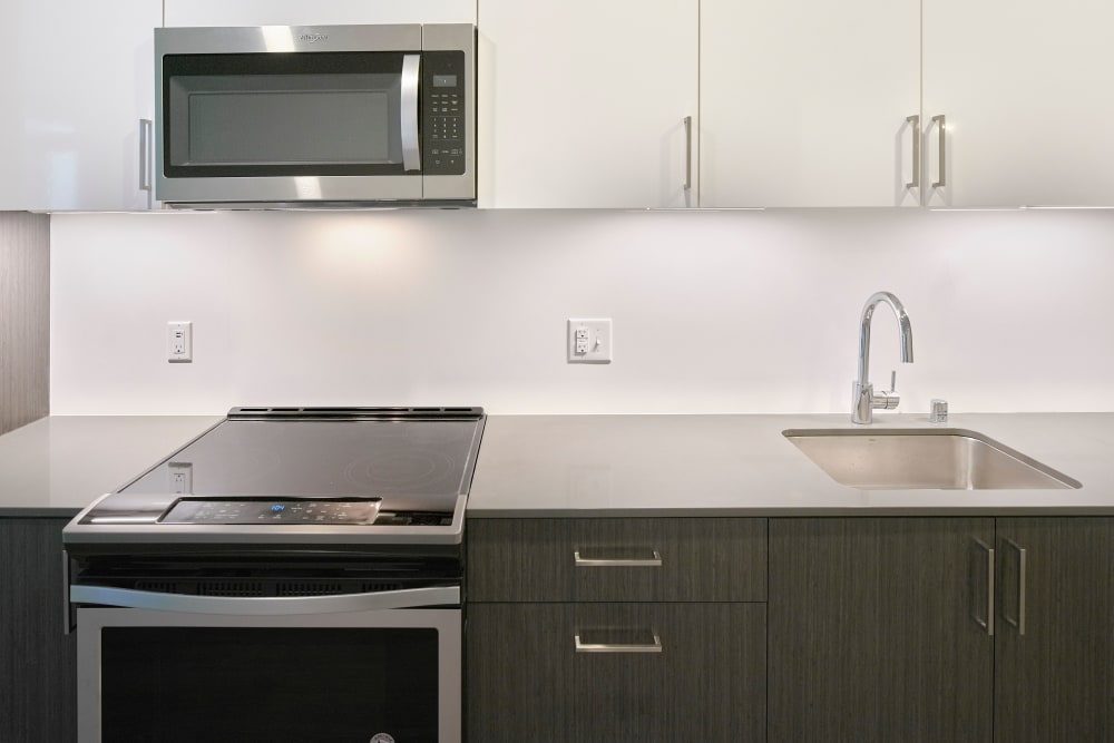 Station House Apartments offers a modern kitchen in Redmond, Washington