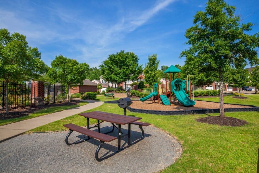 Picnic and Playground at Villas at Houston Levee East Apartments in Cordova, TN