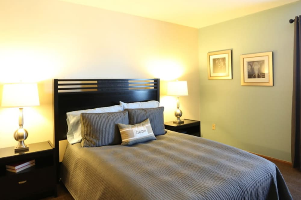 Spacious bedroom at Gateway Lakes Apartments in Grove City, Ohio