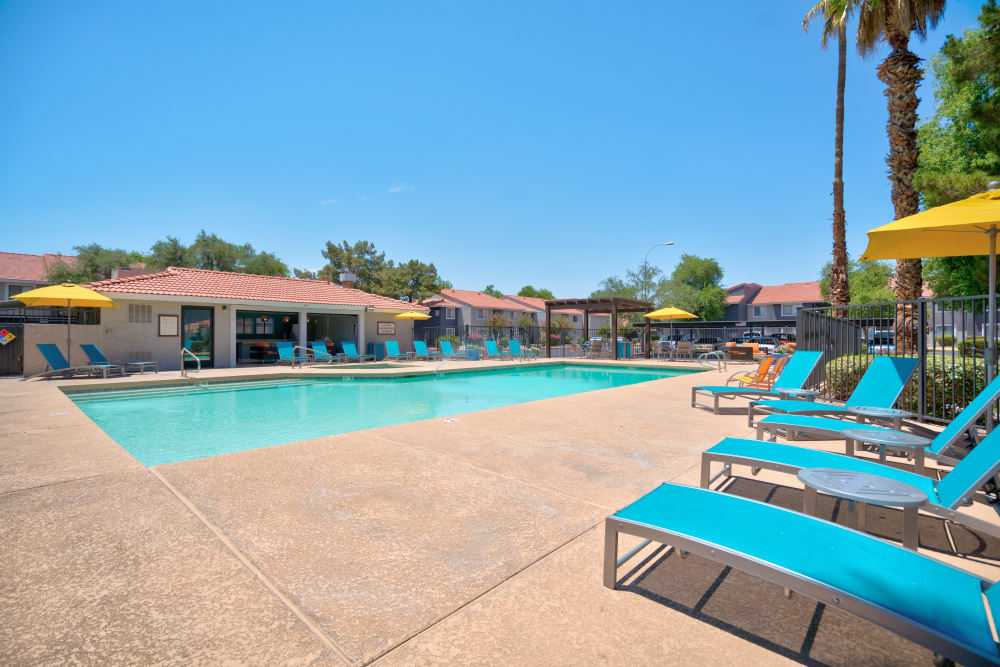 Community view and pool at Argenta Apartment Homes in Mesa, Arizona