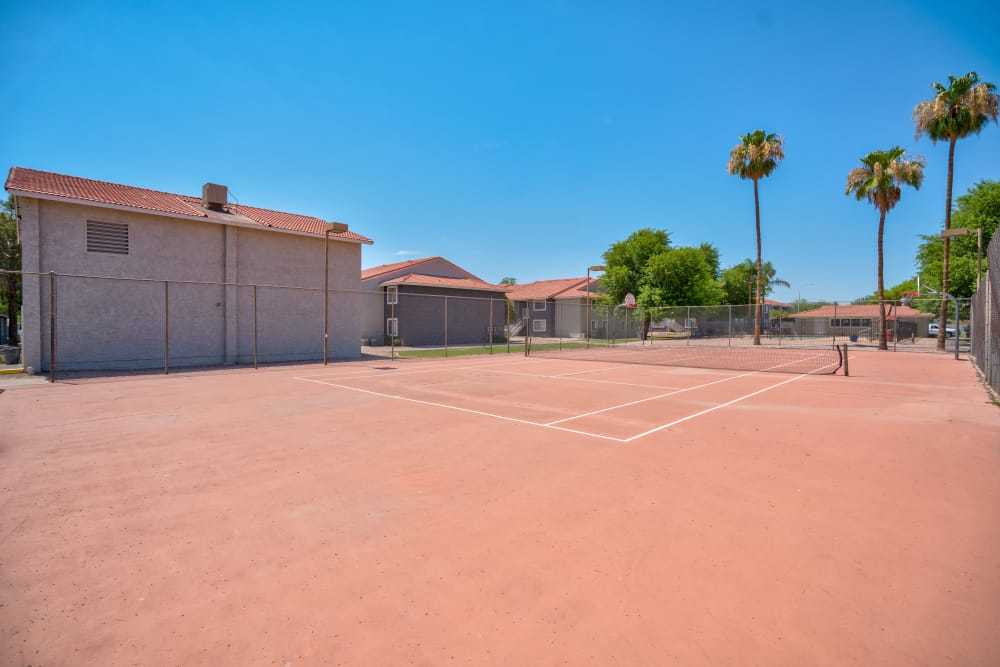 Tennis court at Argenta Apartment Homes in Mesa, Arizona