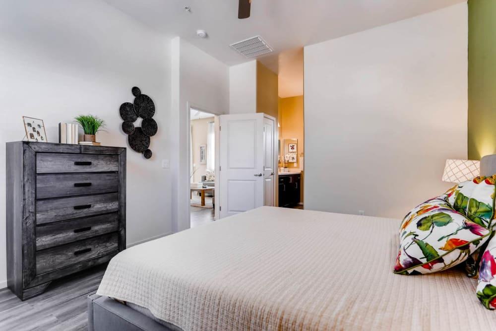 Avilla Lehi Crossing offers a modern bedroom in Mesa, Arizona