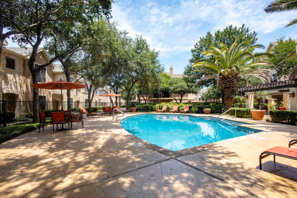 Beautiful swimming pool at The Quarry Townhomes in San Antonio, Texas