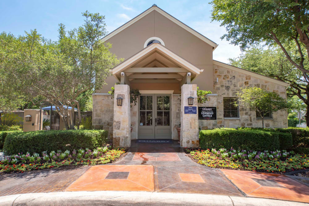 Beautiful entryway at The Quarry Townhomes in San Antonio, Texas