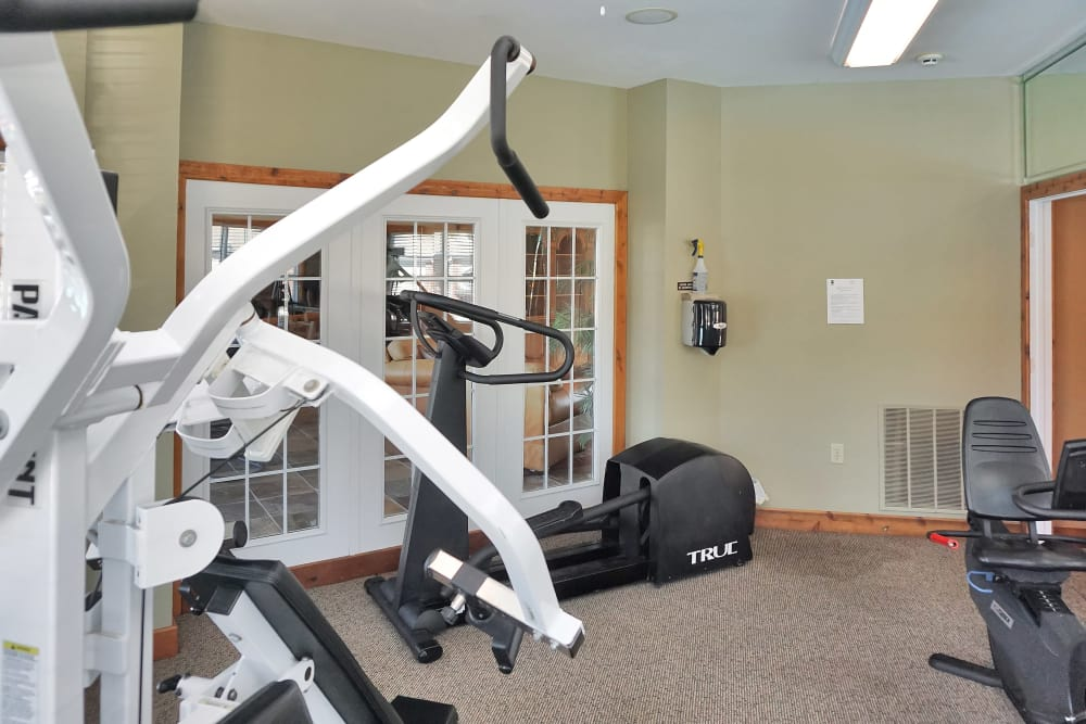 Onsite fitness center at Renaissance St. Andrews in Louisville, Kentucky