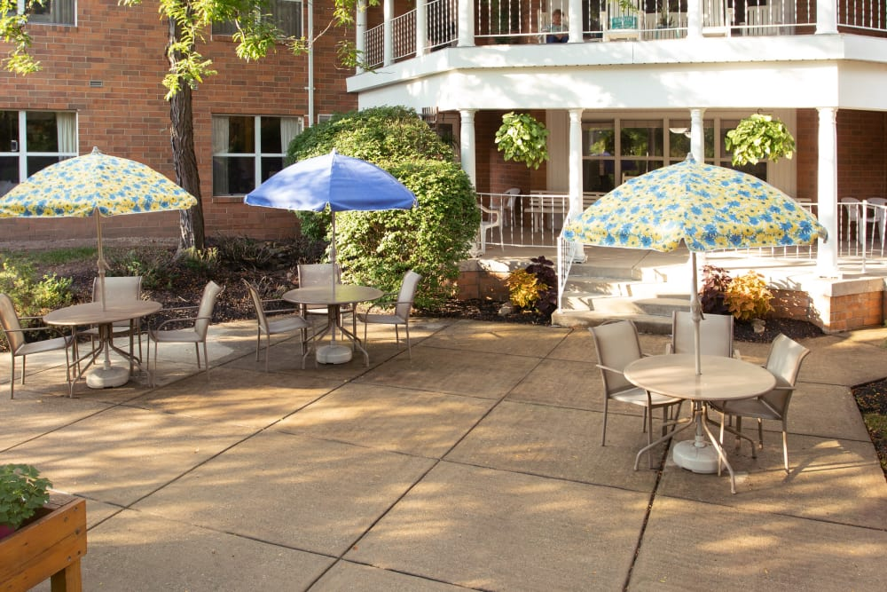 Back patio with covered seating at Royalton Woods in North Royalton, Ohio