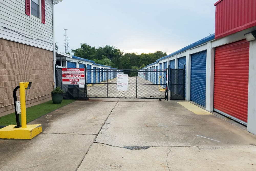 Exterior units at StorQuest Self Storage in Gainesville, FL