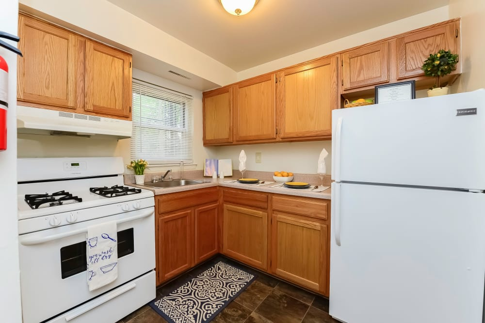 Kitchen at Post & Coach Apartment Homes in Freehold, New Jersey