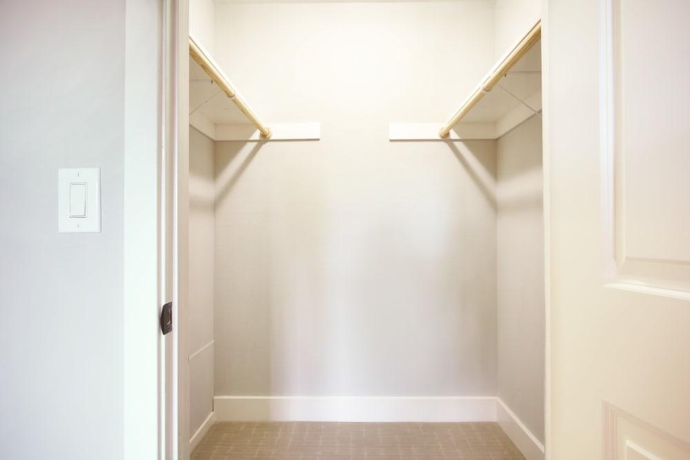Marquee offers walk-in closets in Walnut Creek, California