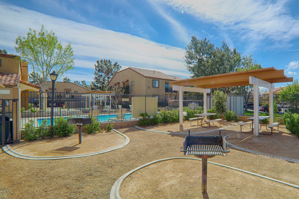 Outdoor grilling area at Granada Villas Apartment Homes in Lancaster, California