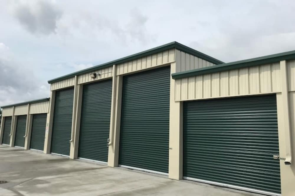 Exterior of self storage at Five Star Storage