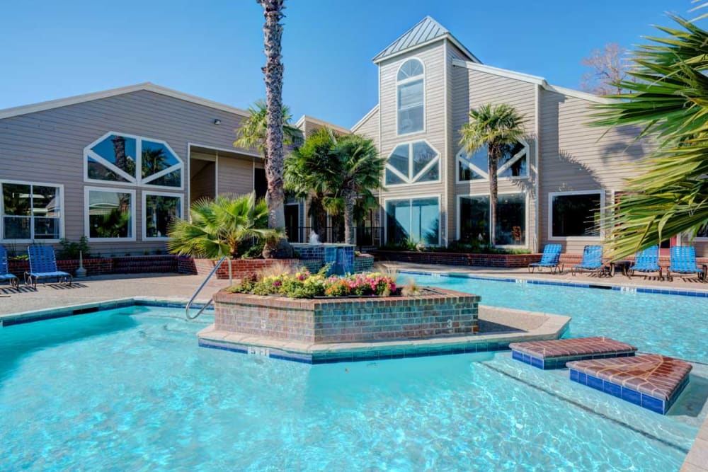 Luxury swimming pool at Preserve at Wells Branch in Austin, Texas