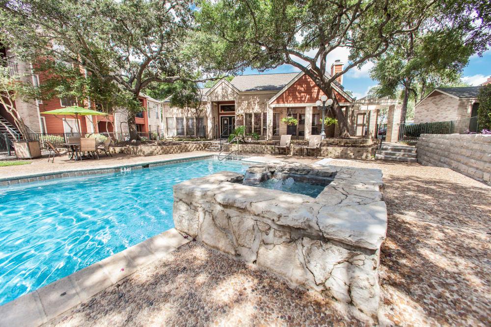 Beautiful swimming pool area at Ashley Oaks in San Antonio, Texas