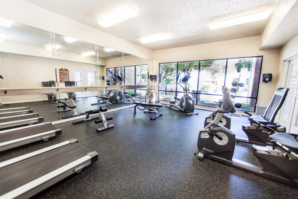 Well-equipped fitness center at Ashley Oaks in San Antonio, Texas