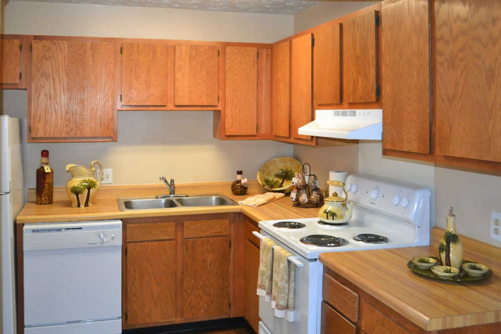 Kitchen at Hickory Creek Apartments & Townhomes in Nashville, Tennessee